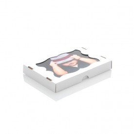Mocne kartonowe pudełko z okienkiem na odbitki 13x18