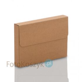 Pudełko z ryflowanej tektury na zdjęcia 15x21