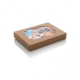 Pudełko z ryflowanej tektury z okienkiem na zdjęcia 15x21