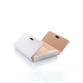 Białe pudełko z ryflowanej tektury na zdjęcia 15x21 (do sklejania z rzepem)